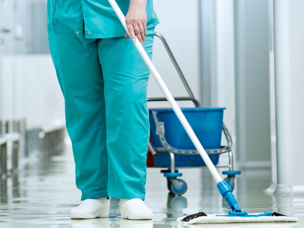 Como evitar infecções por falhas na limpeza de superfícies hospitalares